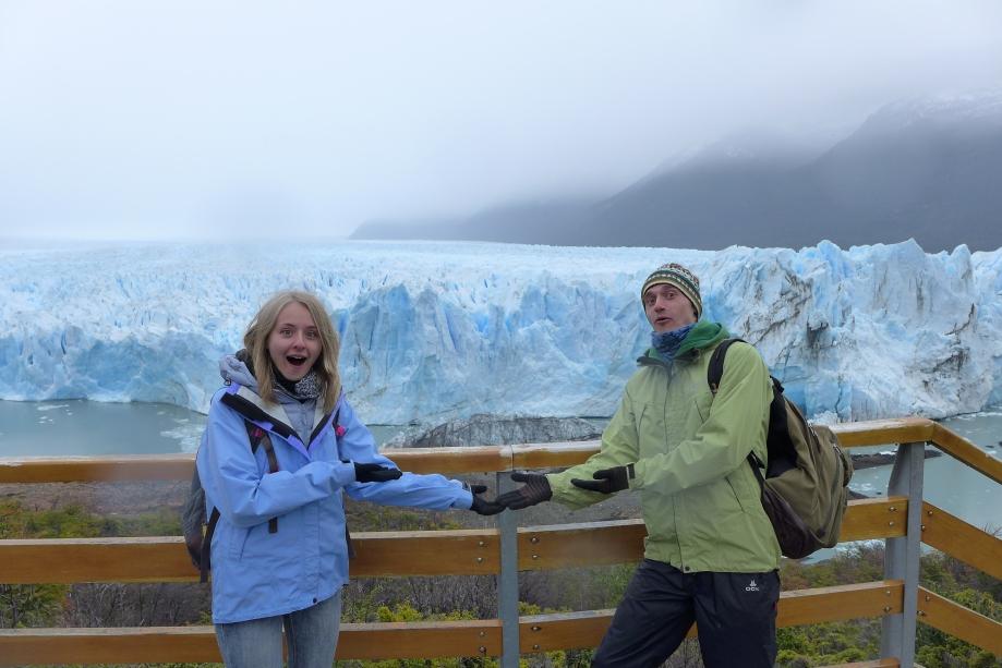 как же без фотки с ледником на ладошке